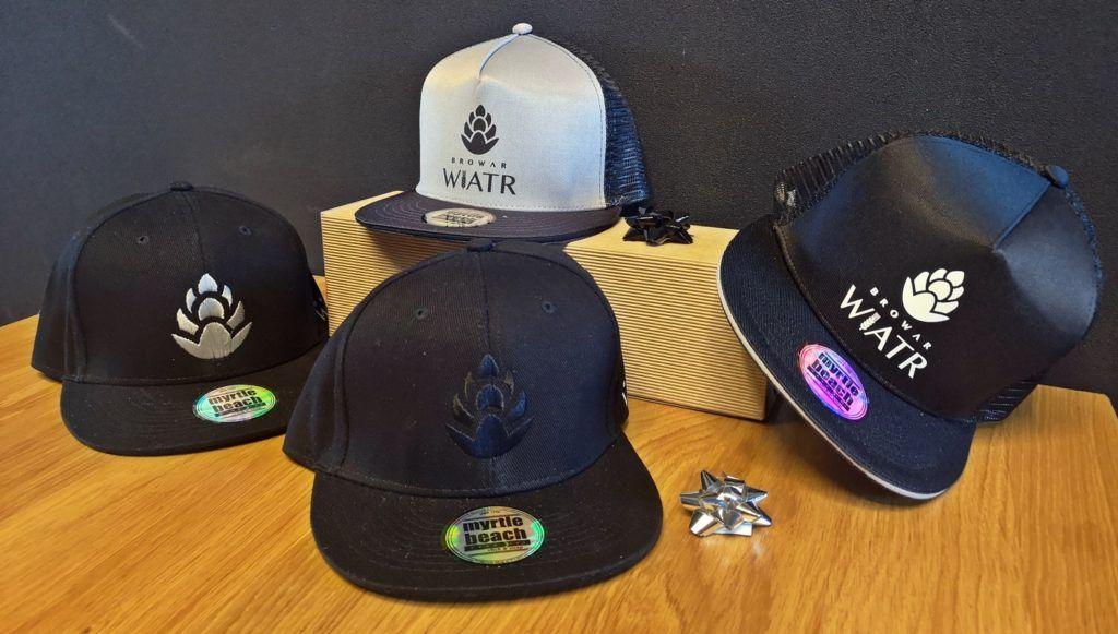 czapki z daszkiem